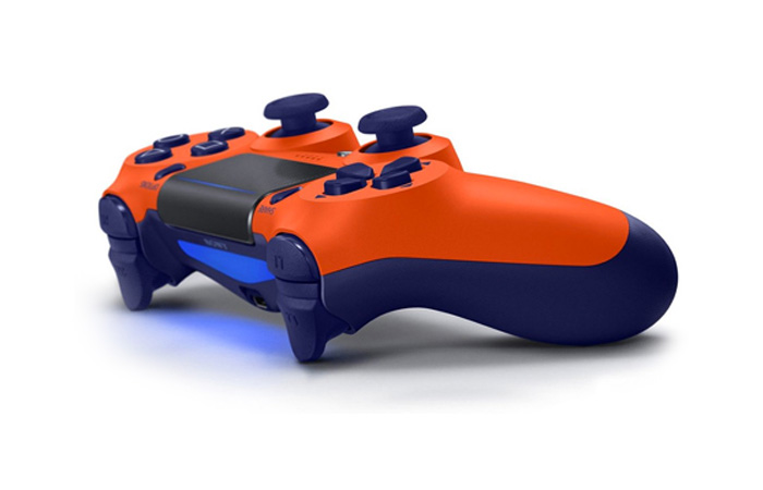 دسته PS4 نارنجی