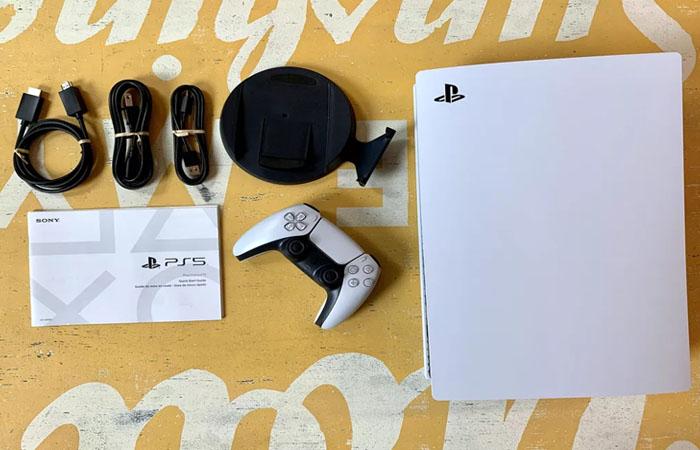 آنباکس رسمی کنسول PS5